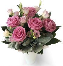 Rózsaszín hölgy
