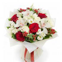 Virágküldés Valentin napra