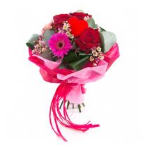Rózsacsokor Valentin napra kiszállításal