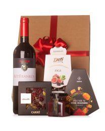 Céges ajándékcsomag borral és édességekkel