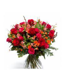 Színpompás rózsacsokor országos kiszállítással