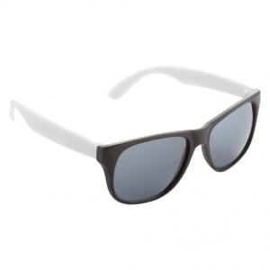 logózott napszemüveg